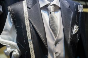 medium-Lectra-jpeg-Mensuits_Jacket-Tacking_2_4256x2832_com logo