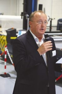 Theo Ostendorf , Vice – Presidente da Gerber e Diretor Geral EMOA